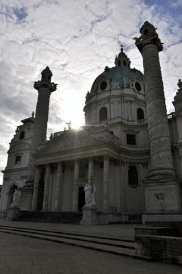 Karlskirche dramatisch
