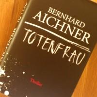 Cover Totenfrau Bernhard Aichner btb
