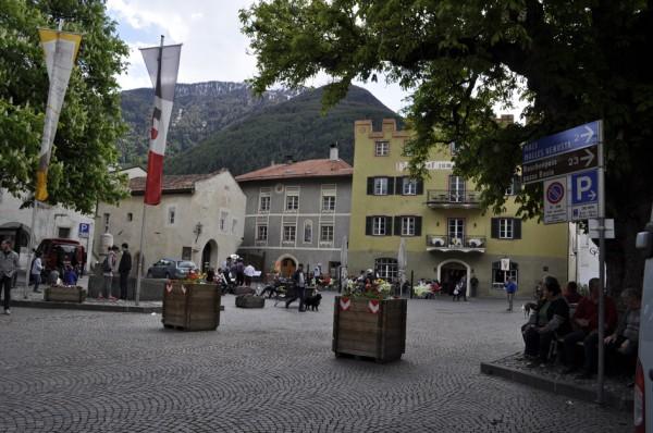 Stadtplatz mit dem wunderbaren Gasthof Grüner Baum (© gurschler)