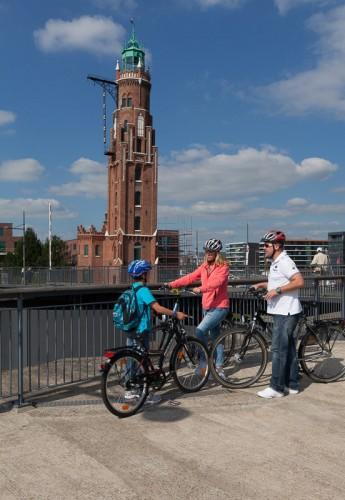 Auf dem Simon-Loschen-Leuchtturm kann man auch in den Hafen der Ehe steuern. Foto: © Helmut Gross